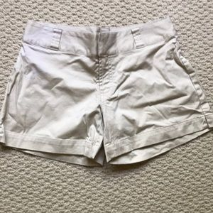 Gap khaki shorts. BNWOT. Size 4.